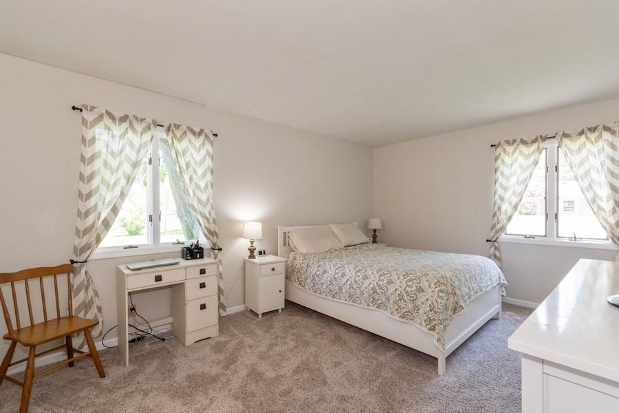 Real Estate Photography - 306 Hillside Pl, North Aurora, IL, 60542 - Master Bedroom