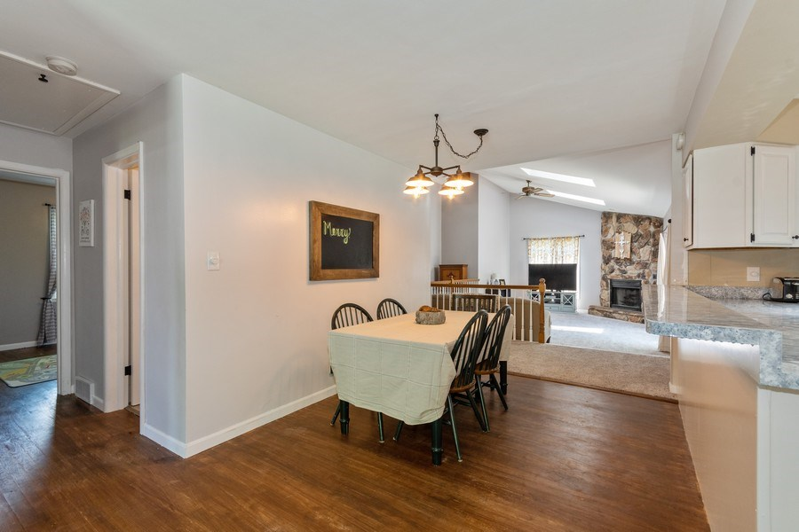 Real Estate Photography - 306 Hillside Pl, North Aurora, IL, 60542 - Dining Room