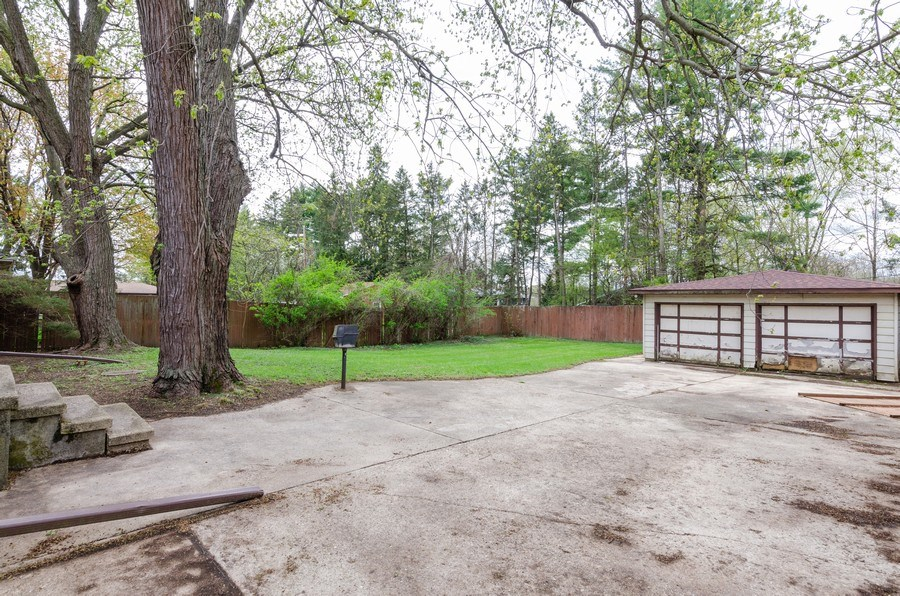 Real Estate Photography - 14N808 Castle Avenue, East Dundee, IL, 60118 - Back Yard