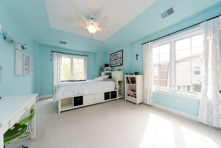 Real Estate Photography - 1172 N. Beverly Lane, Arlington Heights, IL, 60004 - 2nd Bedroom