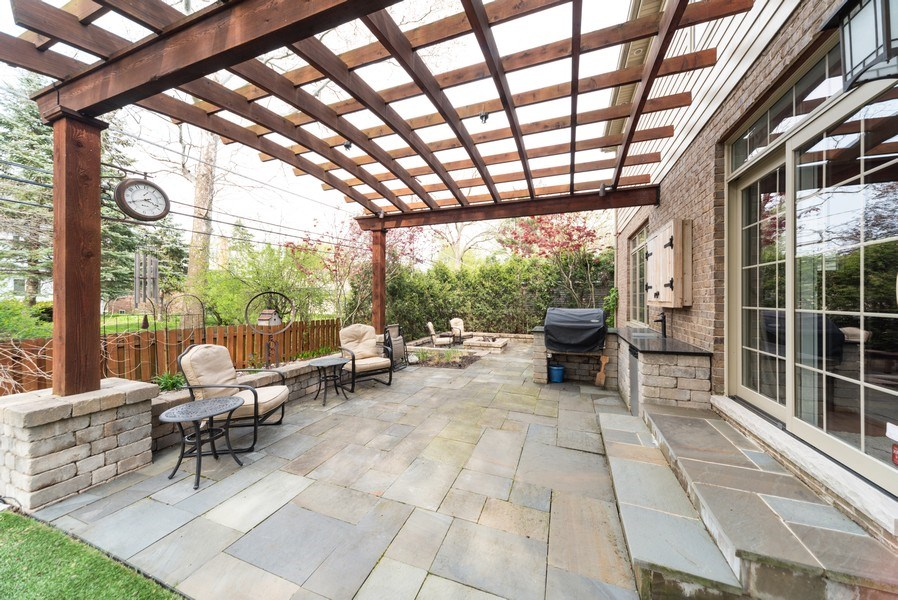 Real Estate Photography - 1172 N. Beverly Lane, Arlington Heights, IL, 60004 - Patio