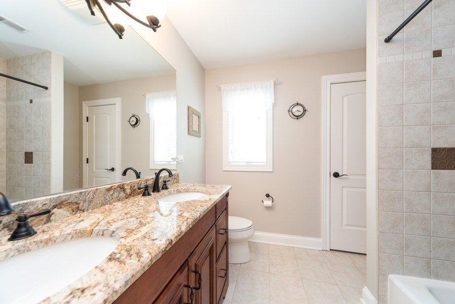 Real Estate Photography - 1172 N. Beverly Lane, Arlington Heights, IL, 60004 - 2nd Bathroom