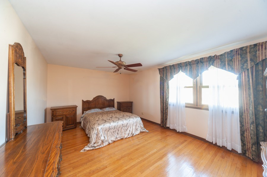 Real Estate Photography - 2419 N. Windsor Drive, Arlington Heights, IL, 60004 - Master Bedroom