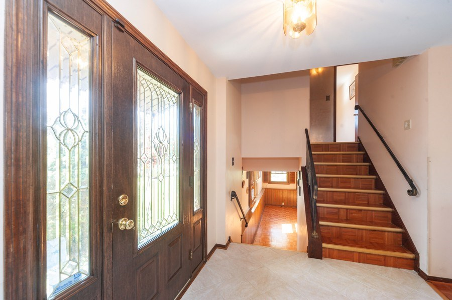 Real Estate Photography - 2419 N. Windsor Drive, Arlington Heights, IL, 60004 - Foyer