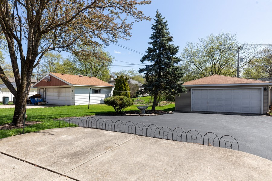 Real Estate Photography - 4621 Belmont Road, Downers Grove, IL, 60515 - Back Yard