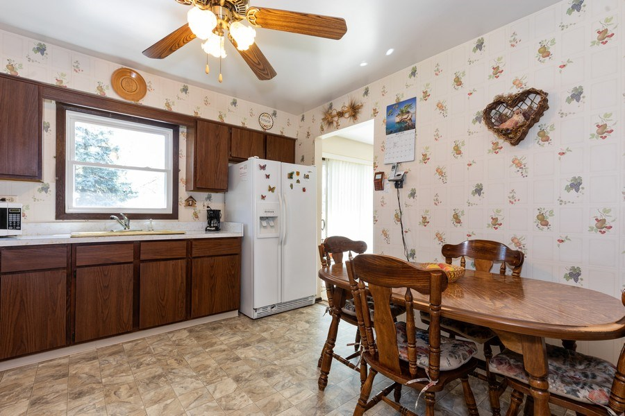 Real Estate Photography - 4621 Belmont Road, Downers Grove, IL, 60515 - Kitchen