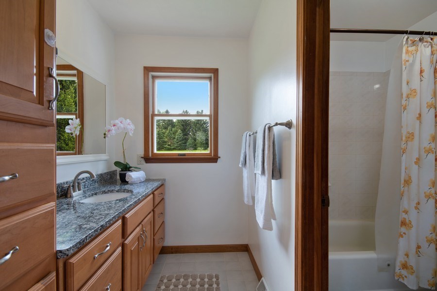 Real Estate Photography - 6N448 PINTO Lane, St. Charles, IL, 60175 - Master Bathroom