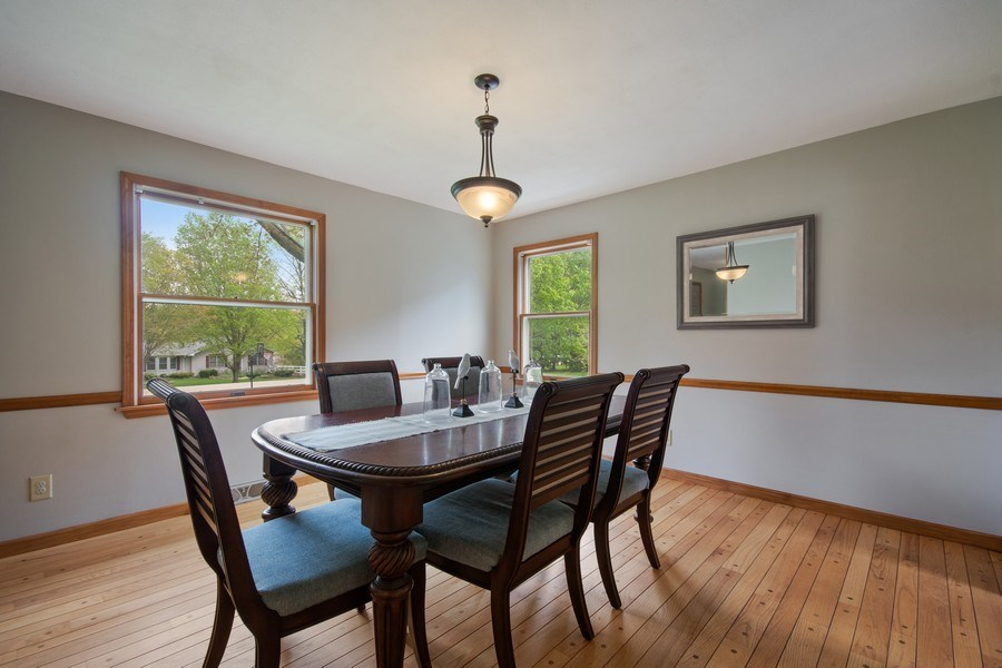 Real Estate Photography - 6N448 PINTO Lane, St. Charles, IL, 60175 - Dining Room