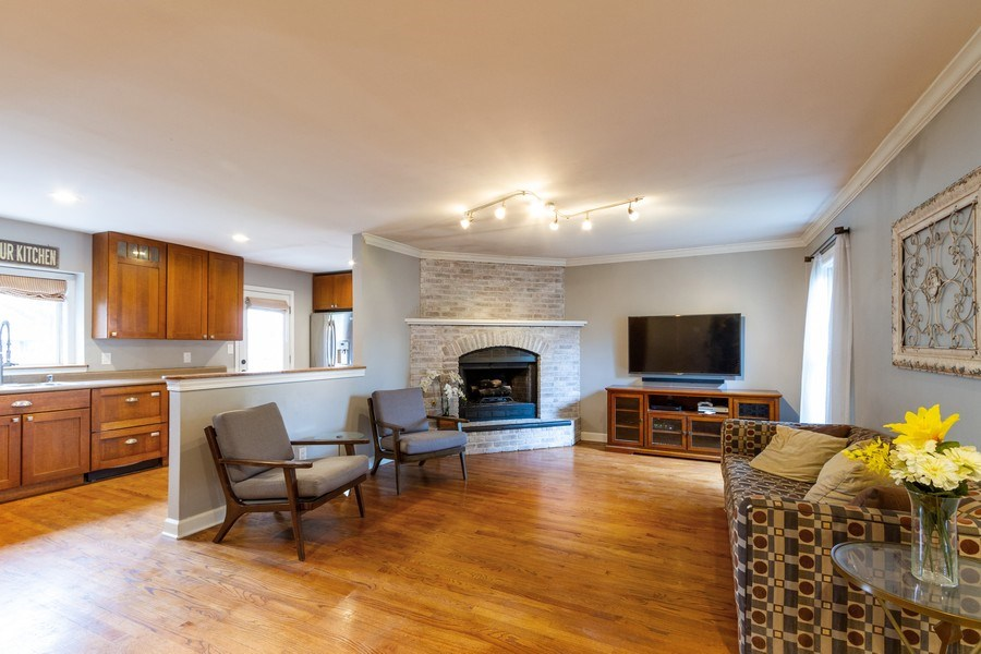 Real Estate Photography - 5321 W. Shore Drive, Mchenry, IL, 60050 - Family Room