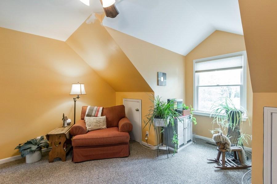 Real Estate Photography - 24740 W. Miller Road, Barrington, IL, 60010 - Loft