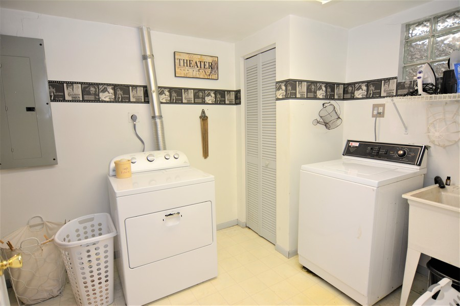 Real Estate Photography - 24740 W. Miller Road, Barrington, IL, 60010 - Laundry Facilities Lower Level