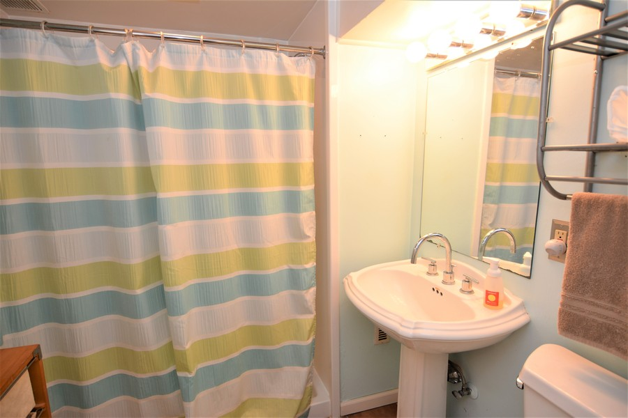 Real Estate Photography - 24740 W. Miller Road, Barrington, IL, 60010 - Lower Level Full Bath