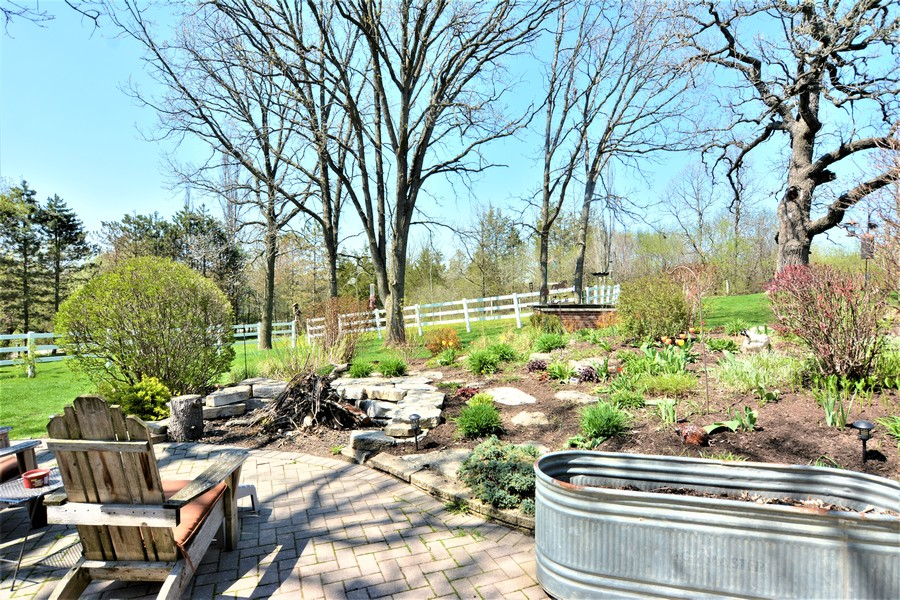 Real Estate Photography - 24740 W. Miller Road, Barrington, IL, 60010 -