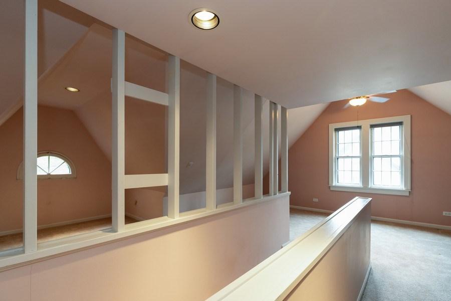 Real Estate Photography - 442 E. Lincoln Avenue, Libertyville, IL, 60048 - Loft Areas