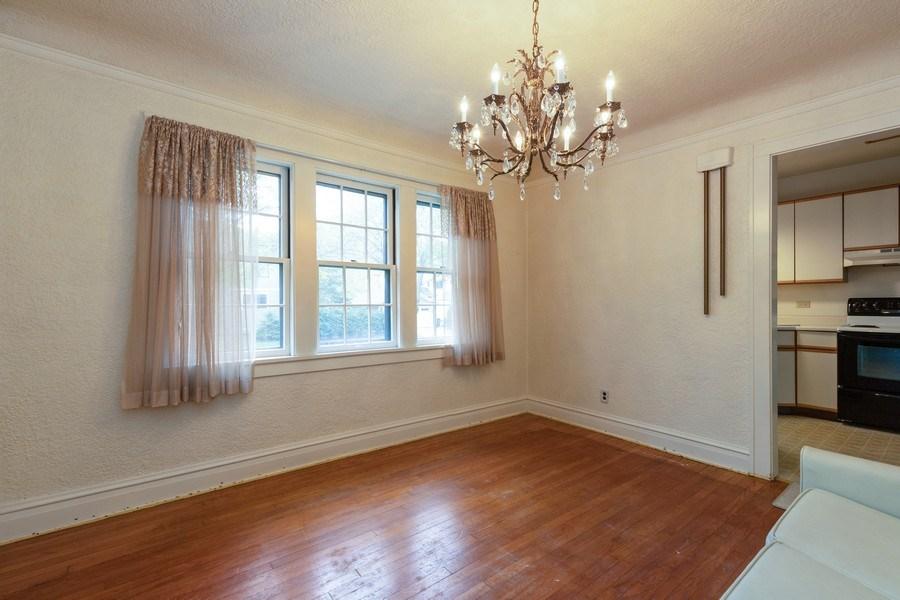 Real Estate Photography - 442 E. Lincoln Avenue, Libertyville, IL, 60048 - Dining Room