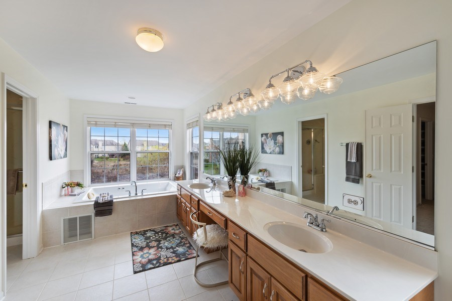 Real Estate Photography - 1229 S. Patrick Lane, Palatine, IL, 60067 - Master Bathroom