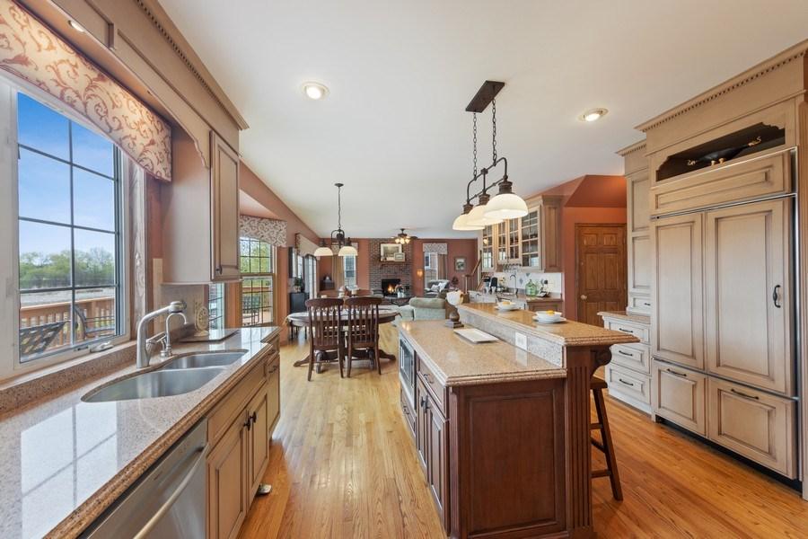 Real Estate Photography - 1229 S. Patrick Lane, Palatine, IL, 60067 - Kitchen