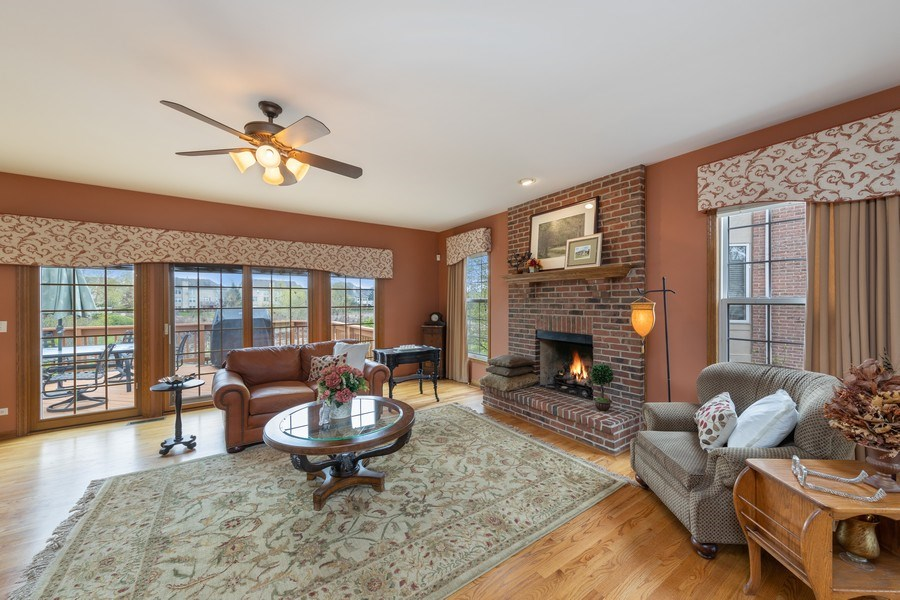 Real Estate Photography - 1229 S. Patrick Lane, Palatine, IL, 60067 - Family Room