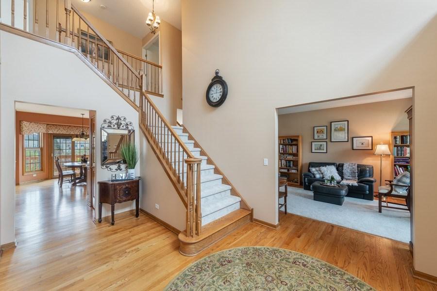Real Estate Photography - 1229 S. Patrick Lane, Palatine, IL, 60067 - Foyer