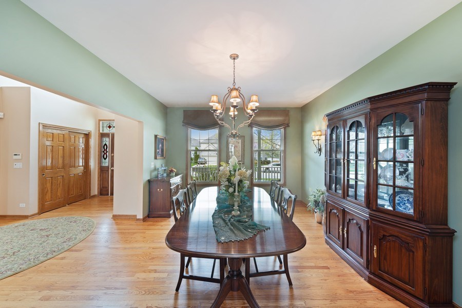 Real Estate Photography - 1229 S. Patrick Lane, Palatine, IL, 60067 - Dining Room