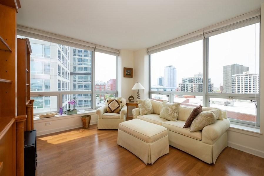 Real Estate Photography - 1841 S. Calumet Avenue, Unit 807, Chicago, IL, 60616 - 2nd Bedroom