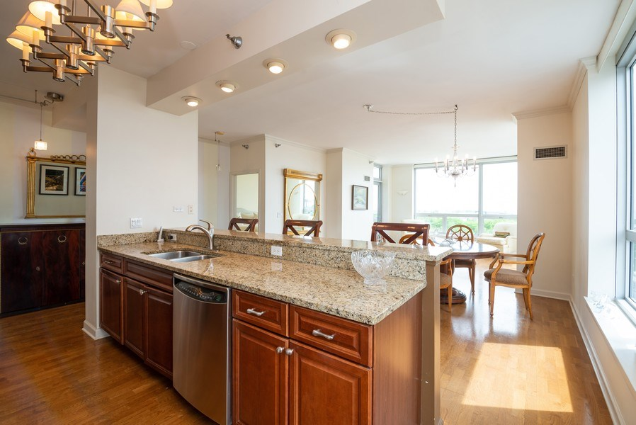 Real Estate Photography - 1841 S. Calumet Avenue, Unit 807, Chicago, IL, 60616 - Great room