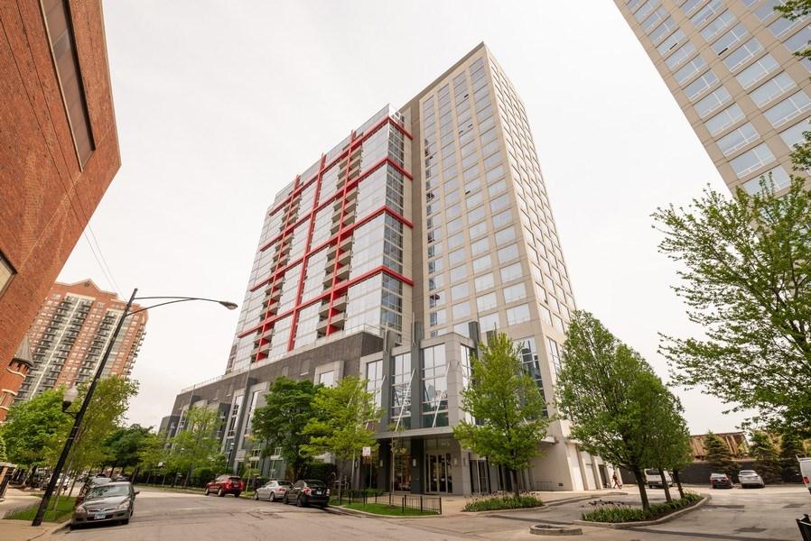 Real Estate Photography - 1841 S. Calumet Avenue, Unit 807, Chicago, IL, 60616 - Front View