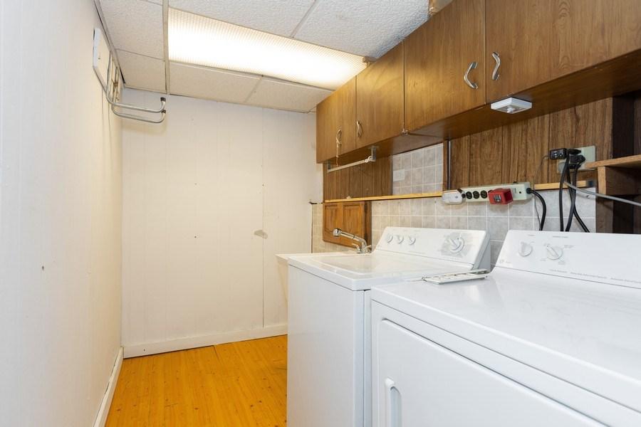 Real Estate Photography - 8955 Saratoga Drive, Bridgeview, IL, 60455 - Laundry Room