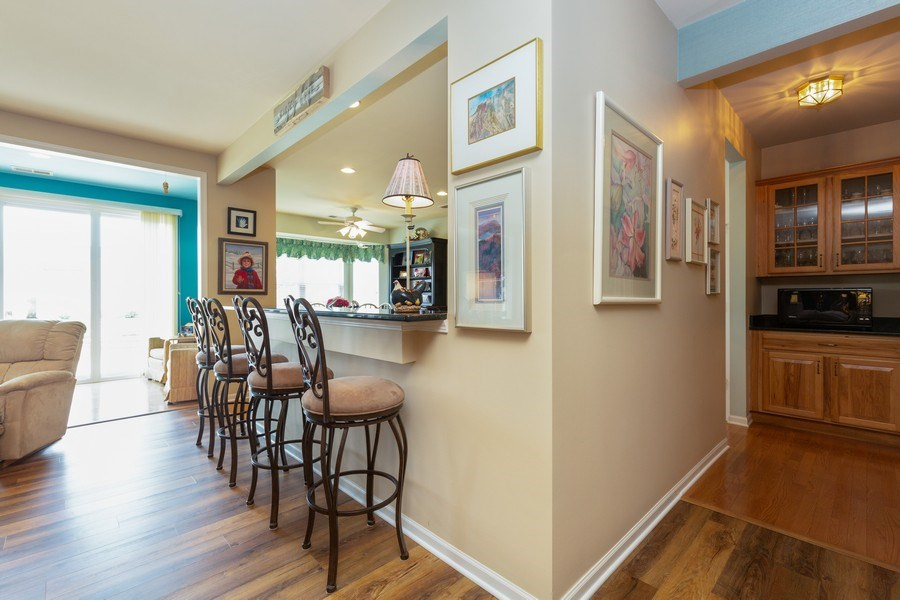Real Estate Photography - 14082 Francesca Cove, Huntley, IL, 60142 - Kitchen / Breakfast Room