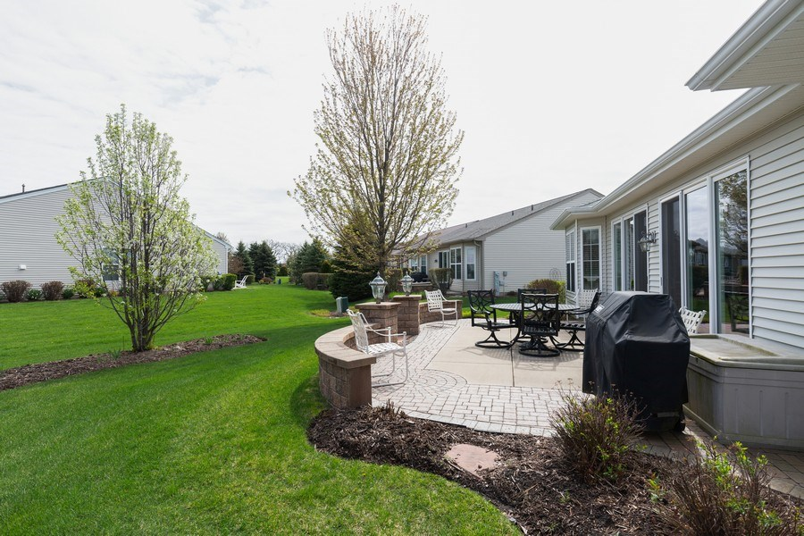 Real Estate Photography - 14082 Francesca Cove, Huntley, IL, 60142 - Back Yard