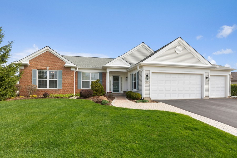 Real Estate Photography - 14082 Francesca Cove, Huntley, IL, 60142 - Front View