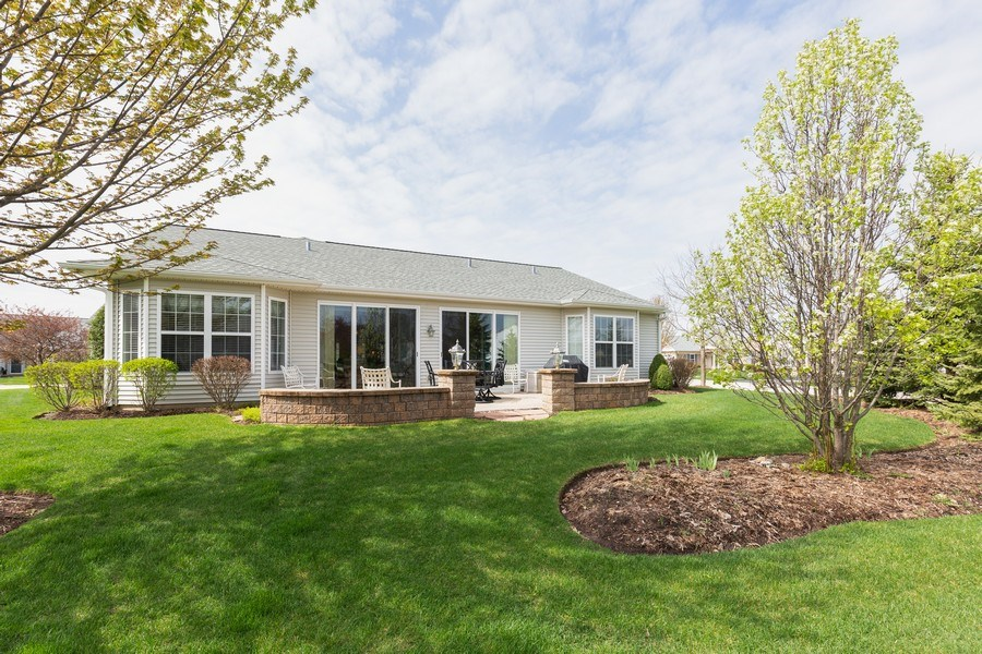 Real Estate Photography - 14082 Francesca Cove, Huntley, IL, 60142 - Rear View