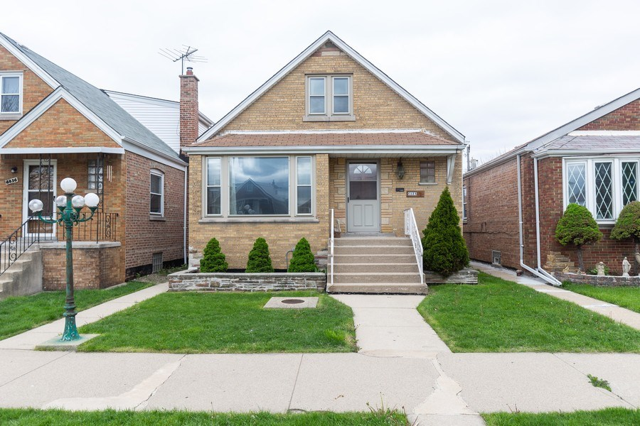Real Estate Photography - 6834 S. Tripp Avenue, Chicago, IL, 60629 - Front View