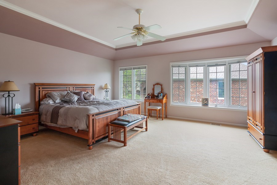 Real Estate Photography - 2S375 Canterbury Court, Glen Ellyn, IL, 60137 - Master Bedroom