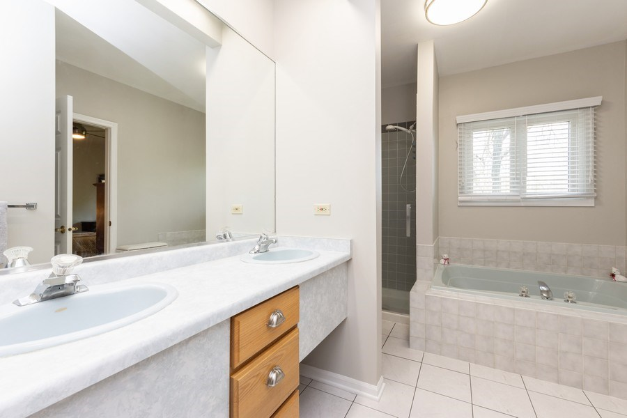 Real Estate Photography - 1003 Arbor Court, Mount Prospect, IL, 60056 - Master Bathroom