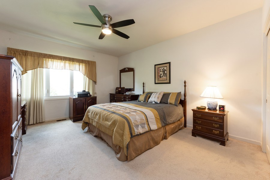 Real Estate Photography - 1003 Arbor Court, Mount Prospect, IL, 60056 - Master Bedroom