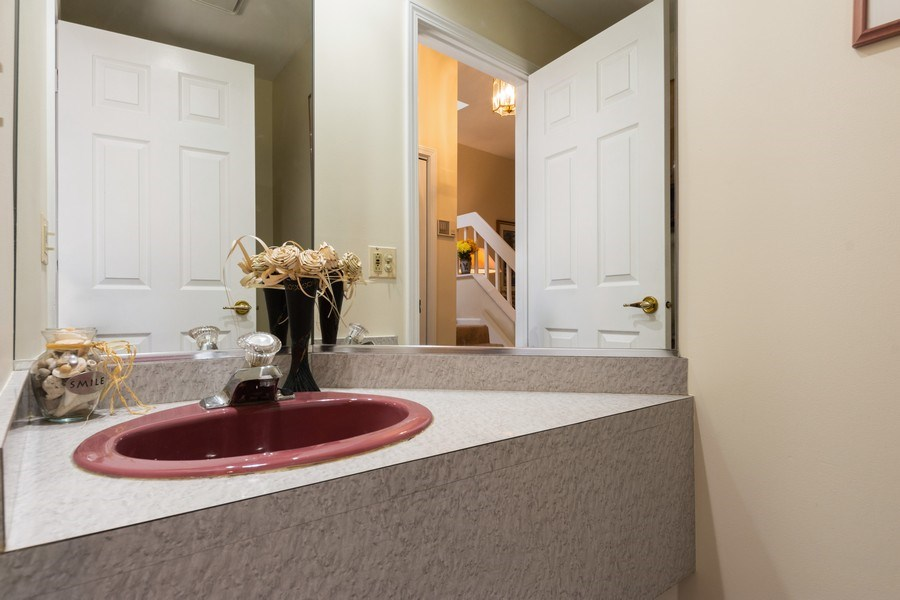 Real Estate Photography - 1003 Arbor Court, Mount Prospect, IL, 60056 - Half Bath