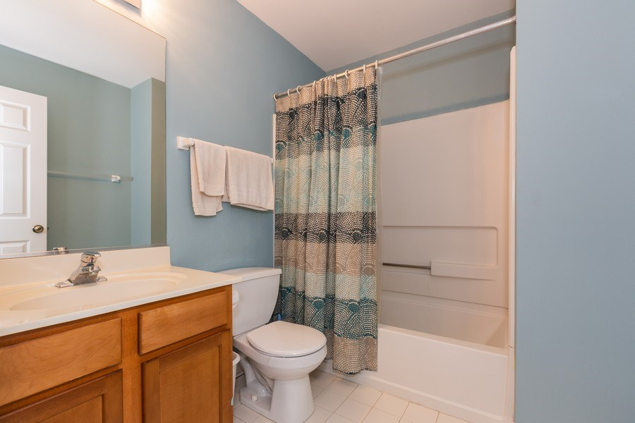 Real Estate Photography - 16706 W. Adobe Drive, Lockport, IL, 60441 - 2nd Bathroom