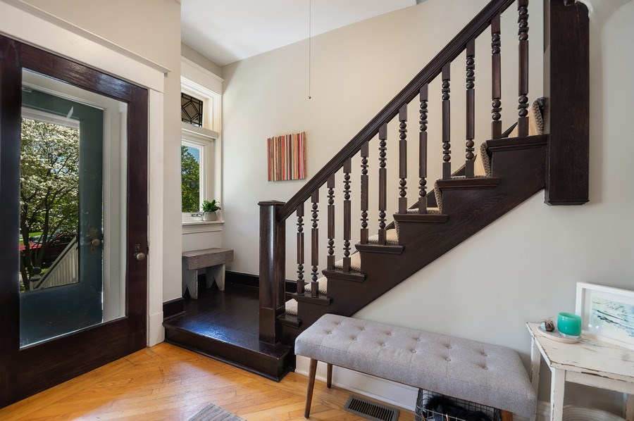 Real Estate Photography - 4220 N. Hermitage Avenue, Chicago, IL, 60613 - Foyer