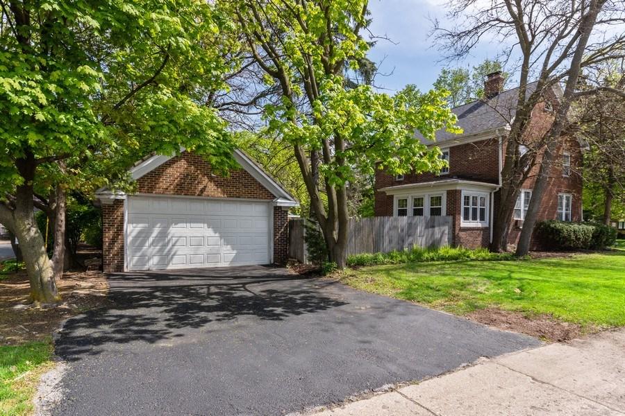 Real Estate Photography - 225 West Ogden Ave, Naperville, IL, 60540 - Side Yard