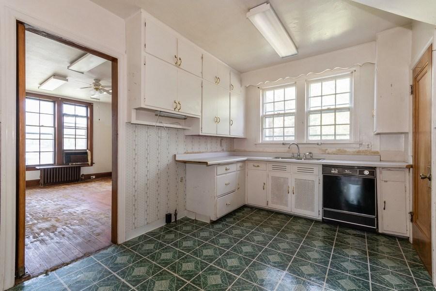 Real Estate Photography - 225 West Ogden Ave, Naperville, IL, 60540 - Kitchen