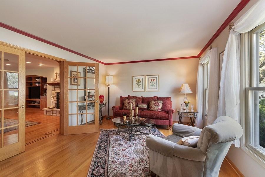 Real Estate Photography - 1549 Preston Road, Naperville, IL, 60563 - Living Room