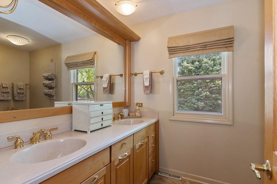 Real Estate Photography - 1549 Preston Road, Naperville, IL, 60563 - Master Bathroom