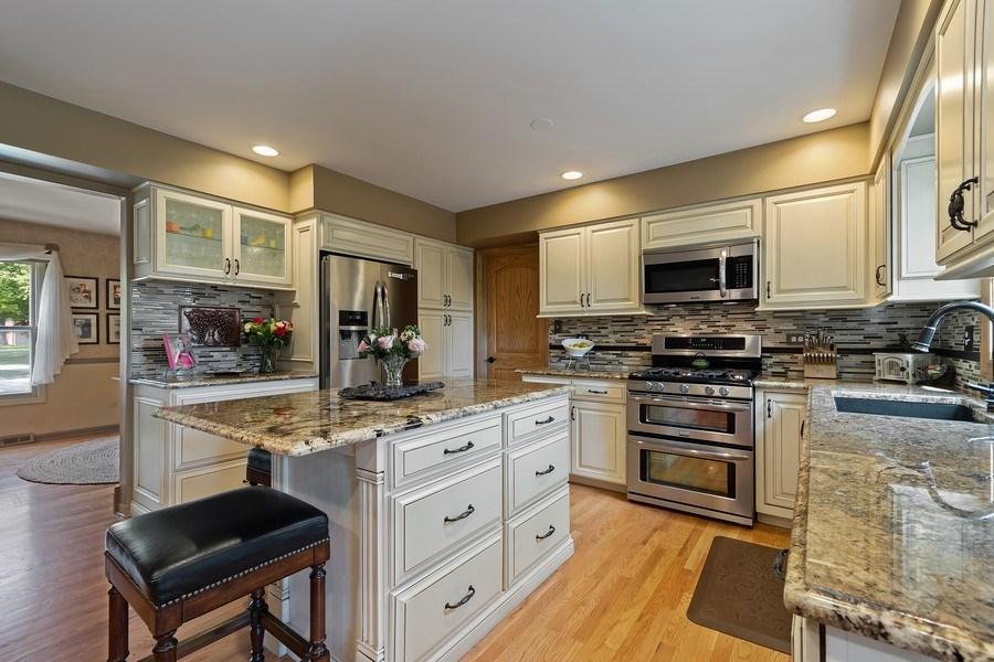 Real Estate Photography - 1549 Preston Road, Naperville, IL, 60563 - Kitchen