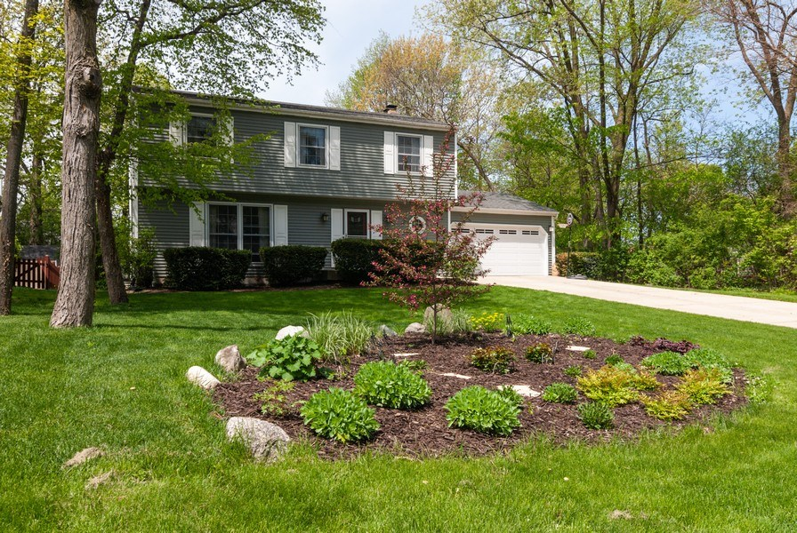 Real Estate Photography - 1030 Viking Court, Batavia, IL, 60510 - Front View