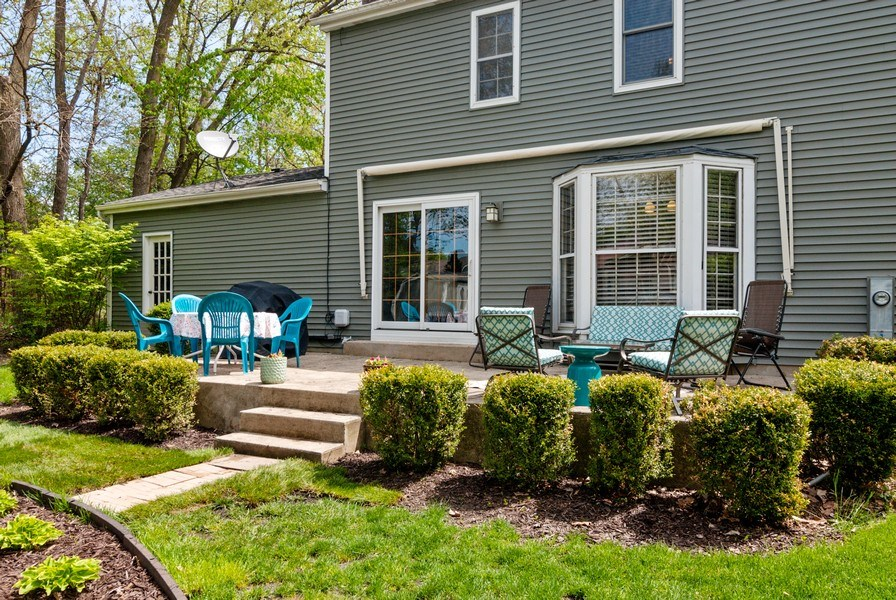 Real Estate Photography - 1030 Viking Court, Batavia, IL, 60510 - Deck