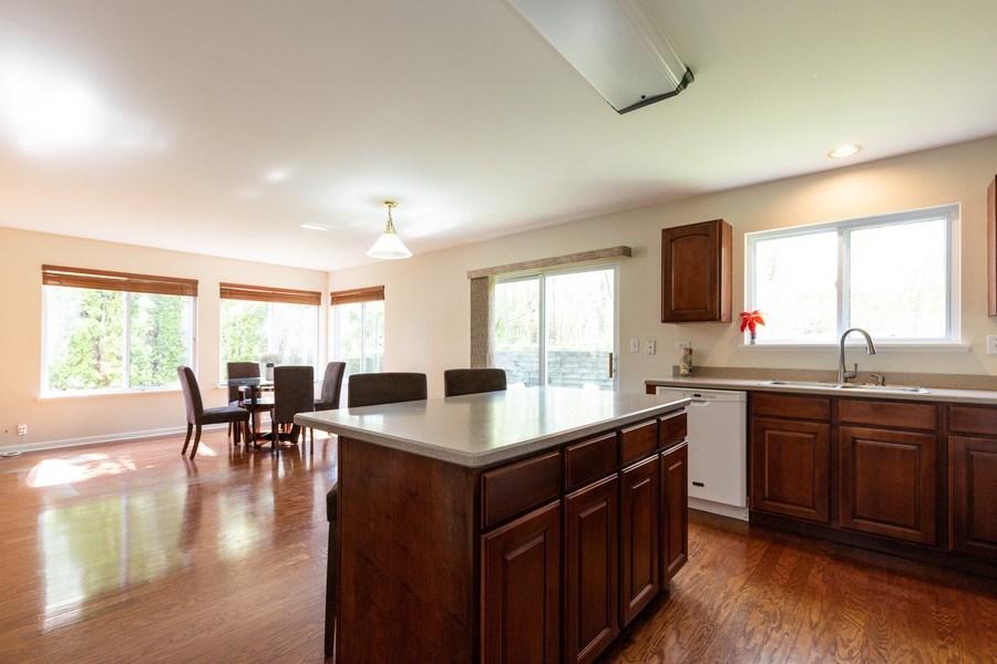 Real Estate Photography - 1312 MAYFAIR Lane, Grayslake, IL, 60030 - Kitchen / Breakfast Room