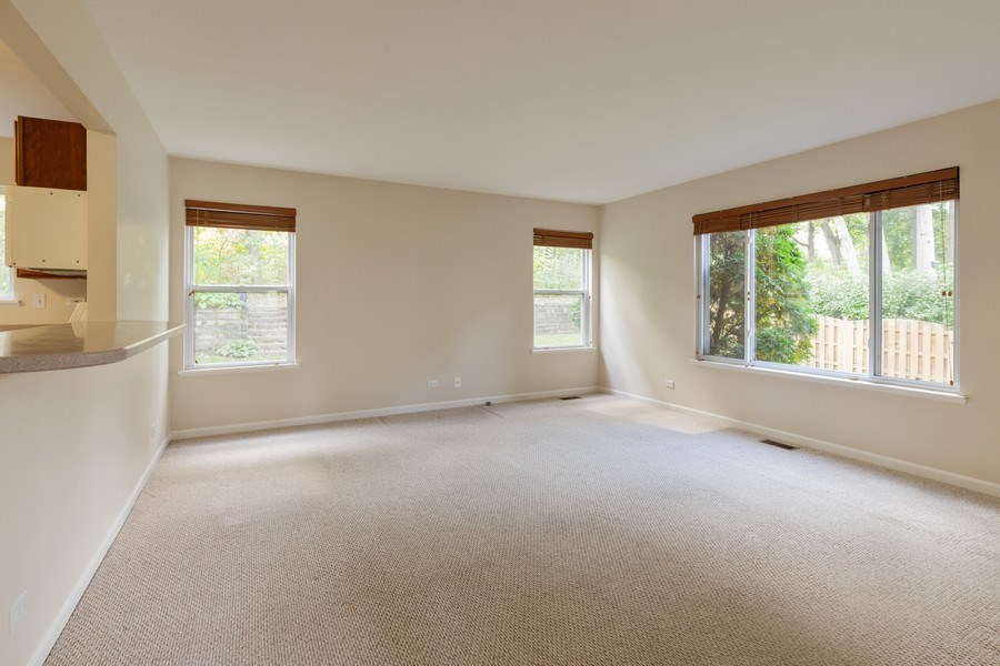 Real Estate Photography - 1312 MAYFAIR Lane, Grayslake, IL, 60030 - Family Room