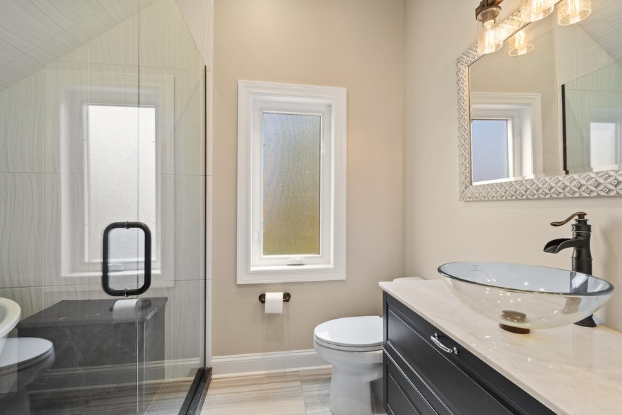 Real Estate Photography - 403 Woods Road, Des Plaines, IL, 60016 - Master Bathroom