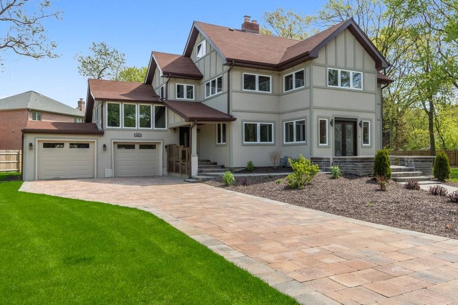 Real Estate Photography - 403 Woods Road, Des Plaines, IL, 60016 - Front View